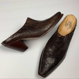 Charlie 1 Horse by Lucchese Leather Mules Sz 8.5